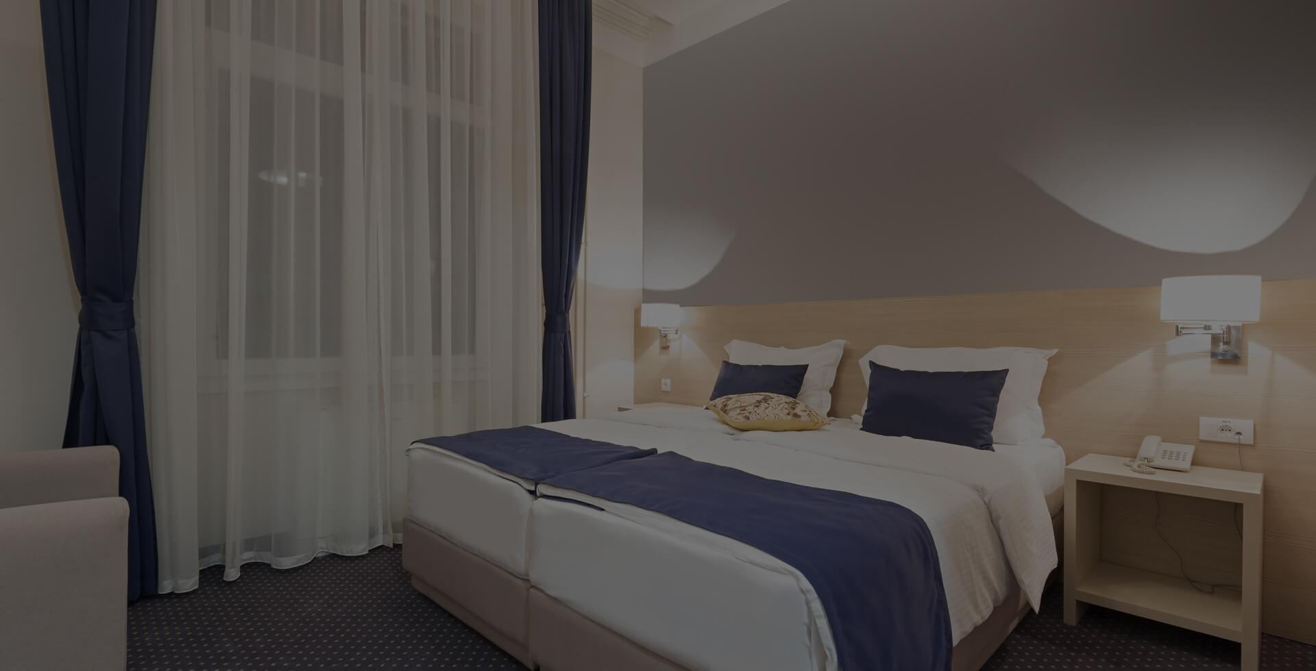 Hotel Kinara Grand